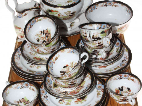 19th Century thirty four piece part tea service decorated with Oriental...