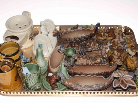 Collection of Wade including shaving mug, toast rack, mugs, long boats,...