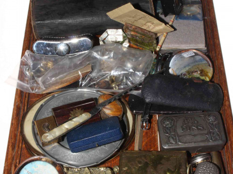 Tray of collectables including snuff boxes, paperweights, military buttons,...