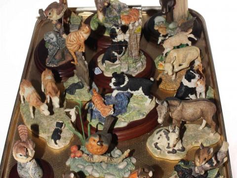 Seventeen Border Fine Arts ornaments including cats, mice, birds, cows,...