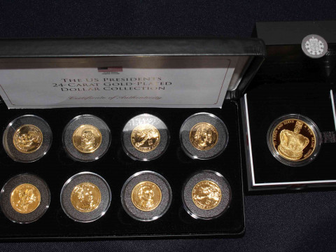 The Royal Mint 60th Anniversary of the Queen's Coronation UK £5 gold...