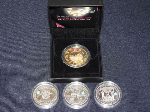 London 2012 Official Olympics £5 gold plated silver proof coin box by...