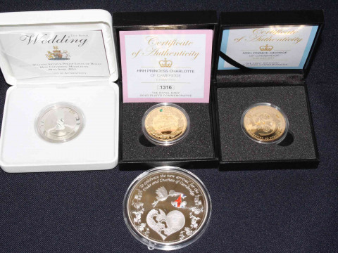 The Royal Mint - Royal Wedding of Prince William 2011 £5 silver proof...