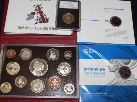 Collection of UK uncirculated presentation pack and set coinage. Inc:...