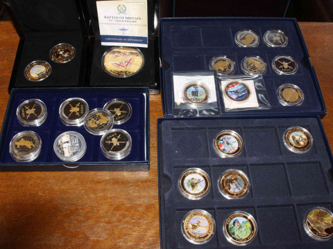Collection of gold plated and other coins with military interest. Including:...