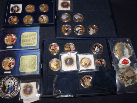 Assorted collection of gold plated and other coins with royalty, monarch...