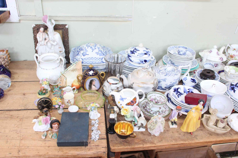 Collection of Victorian pottery and teawares, Oriental ware, etc.